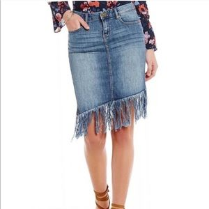 💫 2/$15 NWT WILLIAM RAST | 31 Denim Skirt Fringe